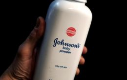 The report comes as the company faces thousands of lawsuits claiming that its talc products caused cancer.