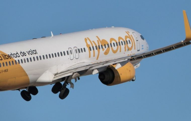 Resolution 1087/2018 authorizes FlyBondi Air Lines to exploit commercial and non commercial domestic and international flights of passengers, freight and mail