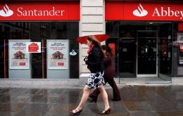 The Financial Conduct Authority (FCA) found that Santander failed to transfer funds worth more than £183m to beneficiaries
