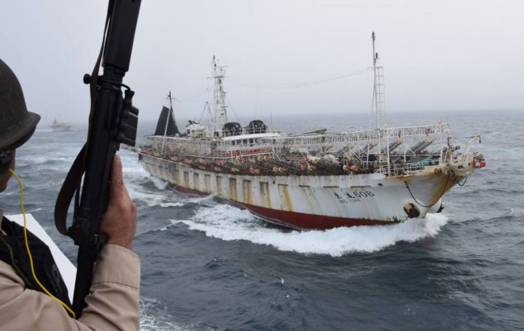 "Juan Carlos Sueiro, Oceana director for Peru told Dialogo that Peru and Argentina saw ""the largest congregation of these (Chinese) vessels in the world."""