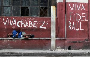 According to Maduro, extreme poverty decreased from 4.4% to 4.3%. However, the National Survey of Living Conditions indicates that extreme poverty grew by 61% in 2017