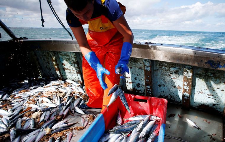 The EU executive tabled an amendment on the European Maritime and Fisheries Fund, which provides financial support to coastal communities and fishermen