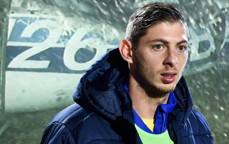 The missing Piper Malibu (N264DB) that had been carrying Argentine footballer Emiliano Sala and pilot David Ibbotson was identified in international waters. (Pic Extra)