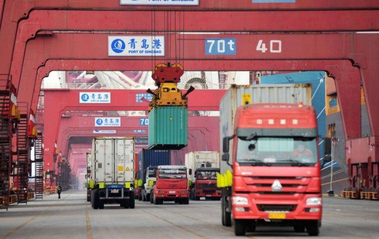 United States plans to increase tariffs on Chinese goods if the two sides fail to make progress on a trade deal by 1 March