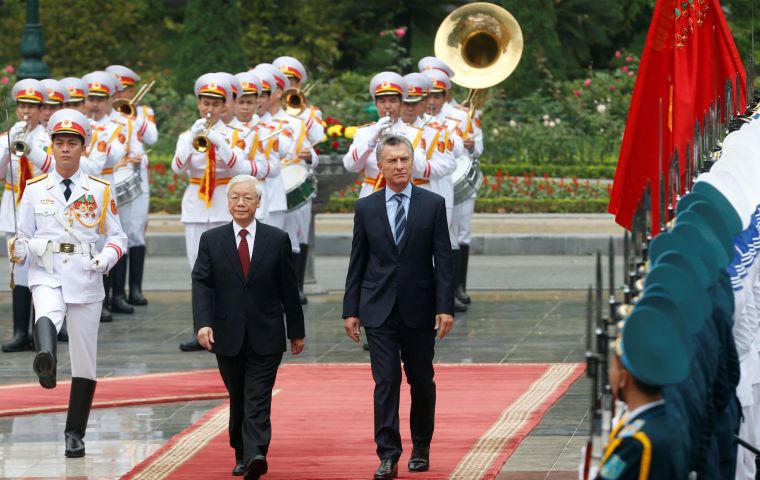 President Macri said Vietnam was Argentina's fifth largest global trade partner and second largest in Asia, and expressed his admiration for Vietnam's dynamism