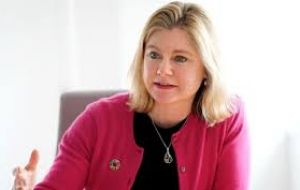 Tory MP Justine Greening said she would quit her party if it allowed a no-deal Brexit, while Labor's Ian Austin said he was considering his position.