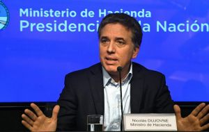 Argentina's minister Nicolás Dujovne revealed the treasury would sell US$ 9.6bn s from April until the end of the year via daily auctions of US$ 60 million