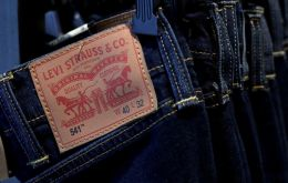 Levi's has sold US$ 623m worth of shares to institutional investors before allowing the public to buy stock in the 166-year old company on Thursday