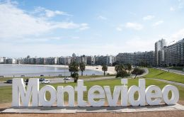 Unlike the cities studied of the great neighbors, Brazil and Argentina, Montevideo (and Uruguay) stands out for the quality of its democracy and its relative economic stability