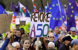 The signatures call for the revocation of the Article 50 letter informing the European Council of the UK's intention to leave