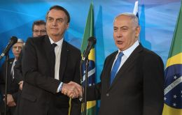 In Israel on an official visit, Bolsonaro met with Netanyahu and his cabinet minister, who signed various bilateral agreements between the two countries.