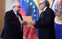 "Secretary General Almagro welcomed Ambassador Tarre, ""with whom we will work to deepen the path to democratization, peace and justice for Venezuela."""