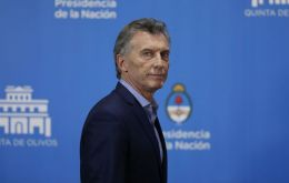 The Macri government has committed to not increasing the price of public services such as transport, gas and electricity for the rest of the year.