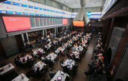 The Bovespa stock market index chalked up its best day in three weeks, closing 1.4% higher at 95,9234.24 points, while the Real bounced back to end at 3.9217