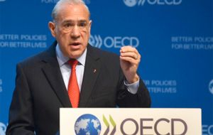 According to OECD General Secretary Angel Gurria, the lack of preparation for the looming digital age is a time bomb on social and political levels.