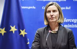 """A decision by the US to revoke its signature would not contribute to the ongoing efforts to encourage transparency in the international arms trade"", said Mogherini"
