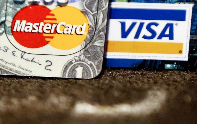 MasterCard and Visa agree to charge 40% less on non-EU