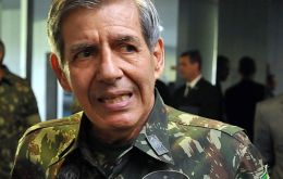 """The future of Venezuela will be decided by the armed forces: either they stay in power with the same government or they remove Maduro,"" Heleno said"