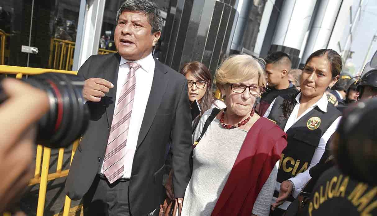 Ex Lima mayor jailed after admitting benefiting from the
