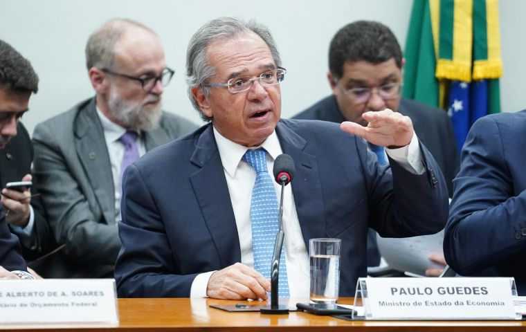 Economy Minister Paulo Guedes and Secretary Waldery Rodrigues gave testimony to a budget commission made up of deputies and senators