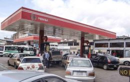 Daily lines at gas stations in the western and southern border states of Tachira, Zulia and Bolivar have grown longer than usual, often lasting more than five hours