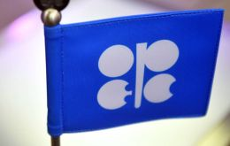 OPEC, Russia and other non-OPEC producers have agreed to reduce output by 1.2 million barrels per day (bpd) from Jan. 1 for six months<br />