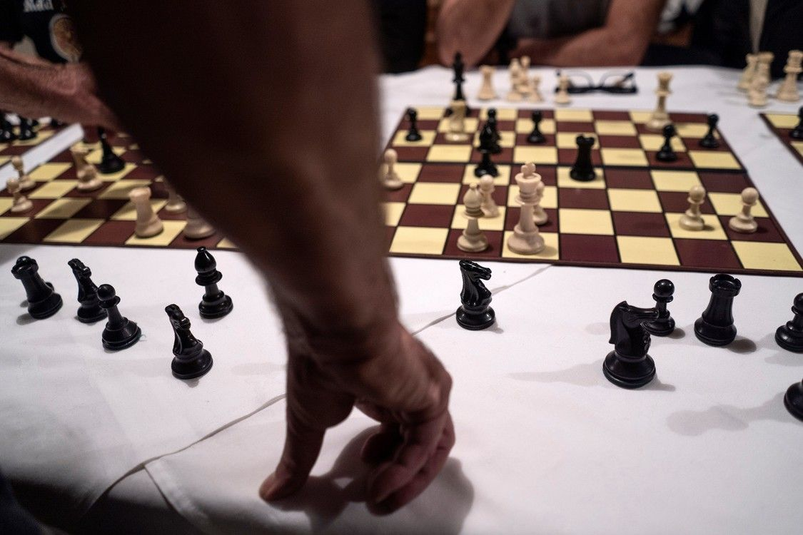 Falklands: World Chess Federation rejects using the game for