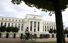 FOMC voted 9-1 to keep the benchmark rate in a target range of 2.25% to 2.5%, where it has been since December's controversial quarter-point increase. (Pic. Reuters)