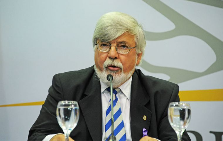 Despite primary elections next Sunday in Uruguay, Bonomi has been urgently summoned by Congress to explain what happened