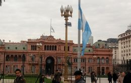 The Argentine flag flew at half mast before the Casa Rosada in mourning for those killed in 1994.