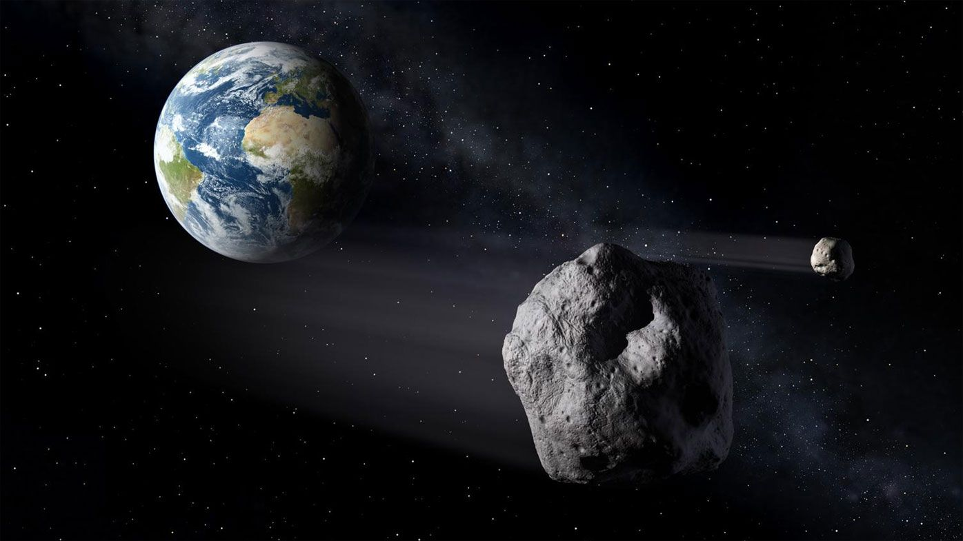 Large asteroid zooms by Earth - just 73000km away