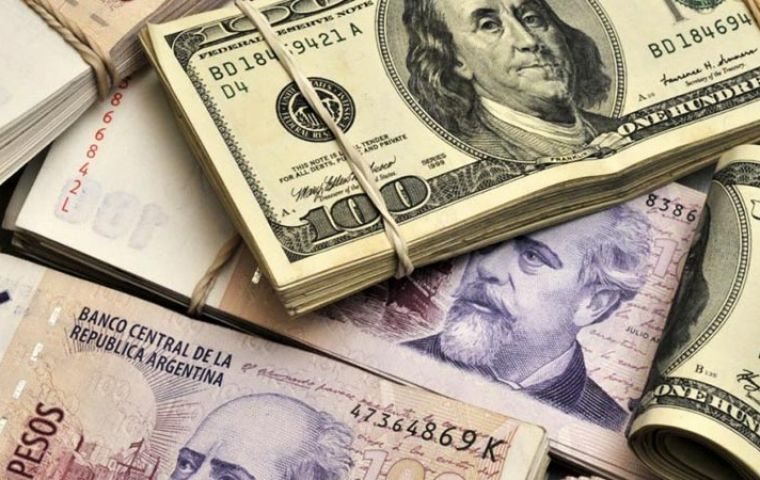 The peso gained 2.75% to trade at 58.12 to the dollar on Friday. On Thursday there was a joint appeal for calm by President Macri and Alberto Fernandez