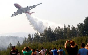 Morales also announced the hiring of a Boeing 747 Supertanker. The plane which can carry up to 70,400 liters of water is the largest aerial firefighting aircraft