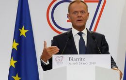 Hard to imagine a harmonious process of ratification by EU countries as long as Brazil allows for the destruction of the green lungs of planet earth, Tusk said