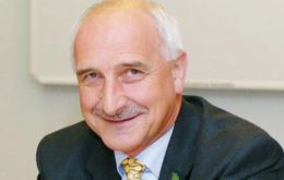 Ex MLA Mike Summers will chair the Falklands Chamber of Commerce Board
