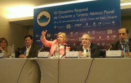 Minister Liliam Kechichian making the announcement at a cruise conference in Punta del Este