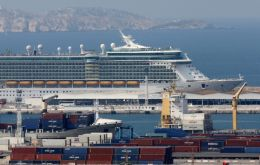 "The ""Blue Charter"" accord was signed in Marseille by Costa Cruises, MSC Cruises, Royal Carribean Cruises and Ponant"