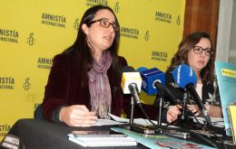 Ana Piquer, the executive director of Amnesty International Chile, said Piñera should respond to the many complaints of police excesses.