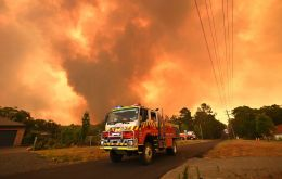 Temperatures in New South Wales state are forecast to head back towards 40 Celsius early next week, fuelling fires near Warragamba Dam, which provides water to about 80% of Sydney's 5 million resident
