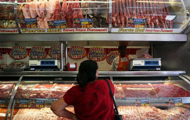 """""""ASF, coronavirus and bird flu influence consumer habits and may drive Chinese demand for Brazilian meat,"""" Francisco Turra, president of ABPA told the media."""