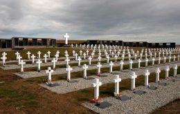 115 remains in the 122 graves at the Argentine military memorial cemetery have been identified, but apparently there are several combatants who were buried together and this needs to be sorted out.