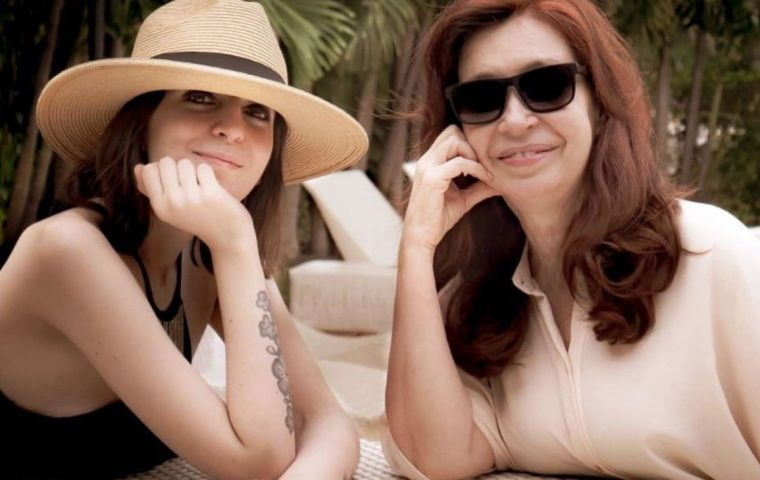 Cristina Fernandez travelled quite often to Havana to see visit her daughter but this time returned with Florencia who underwent treatment in the island for PTSD