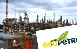 The bonds with a 7% yield were oversubscribed by two-and-a-half times, with some  250 investors bidding a total of US$ 5 billion in the issuing round, Ecopetrol said.