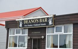 The court heard that the three men, New Zealand nationals who were crew on the NZ fishing vessel San Aspiring, were in Deano's Bar on the evening in question.