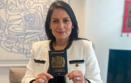 Interior Minister Priti Patel said that Hong Kong people with British National Overseas visas would be able to apply for citizenship starting from January 2021.