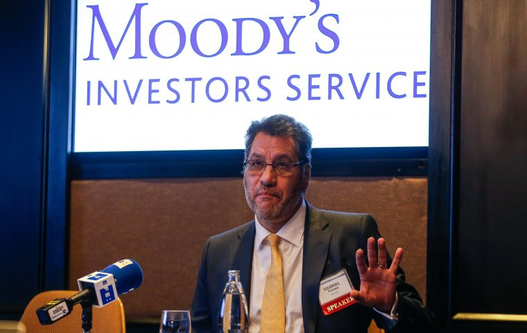 Moody's sovereign ratings analyst Gabriel Torres said it did not necessarily secure a positive economic outlook beyond the short term.