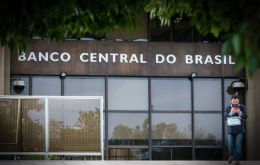 The shortfall, excluding interest payments, expanded in the first eight months of the year to 601.3 billion reais