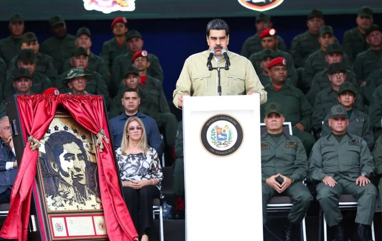 Admiral Craig Faller pointed out that the Venezuelan president is still in power thanks to external factors made up by Cuba, Russia, China and Iran