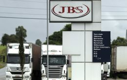 JBS said it would pay the U.S. Securities and Exchange Commission US$ 26.8 million for accounting irregularities at its U.S. subsidiary Pilgrim's Pride.