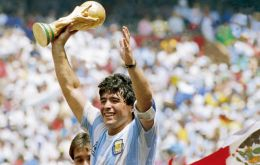 Maradona died from a heart attack and his funeral will take place at the Casa Rosada from tomorrow